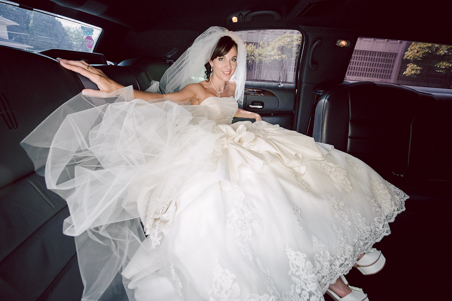 bride photo limo wedding