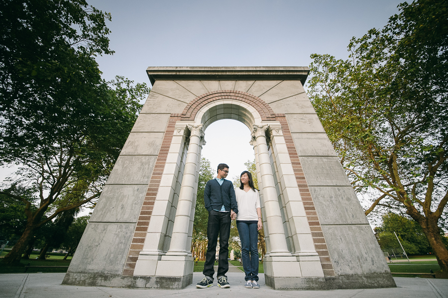 15 greenlake-park-arch-couple