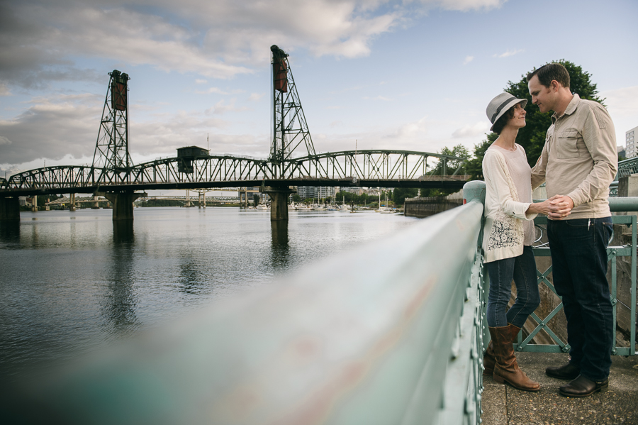 6-engagement-burnside-bridge-photo