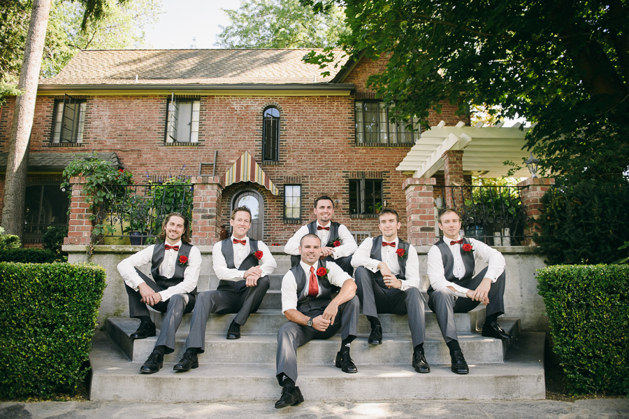 37-seattle-wedding-photographer-groomsmen-priavte-estate
