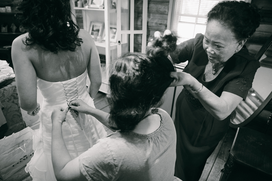 8 mother of bride bride getting in dress