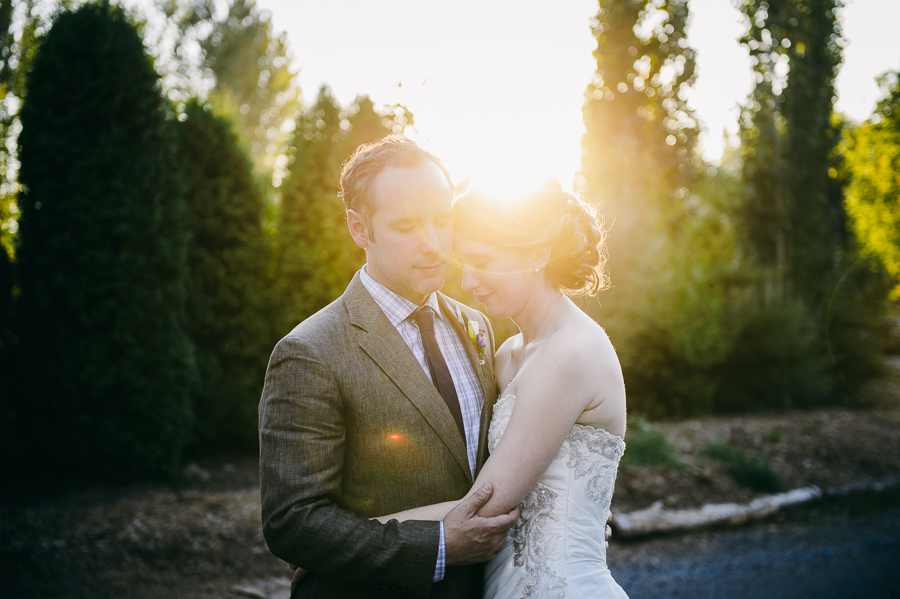 1-bride-and-groom-sunset-at-edgefield