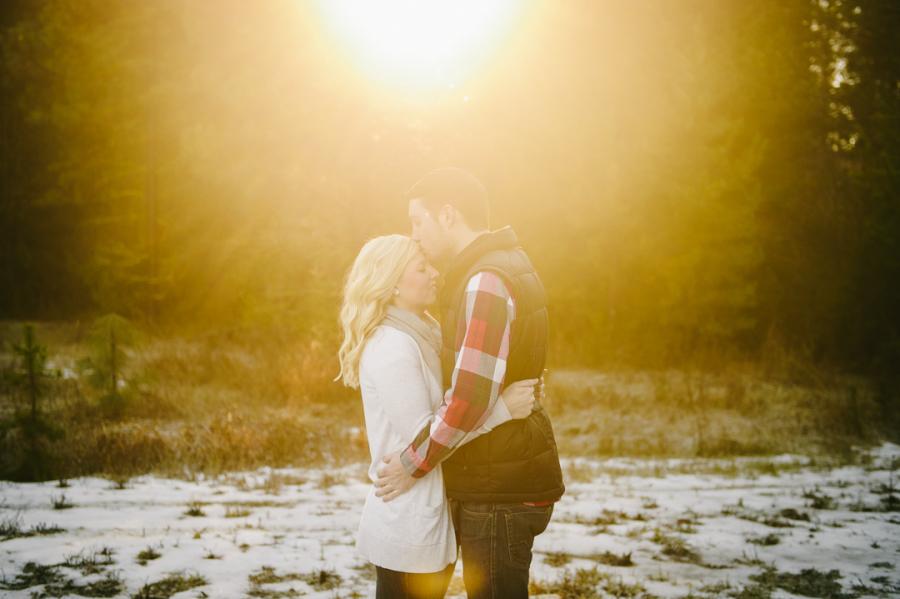 1-amazing-sunlight-leavenworth-engagement