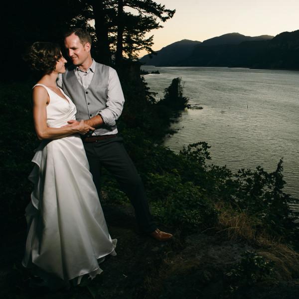 Lakecliff Hood River Wedding - Kristin & Mattie