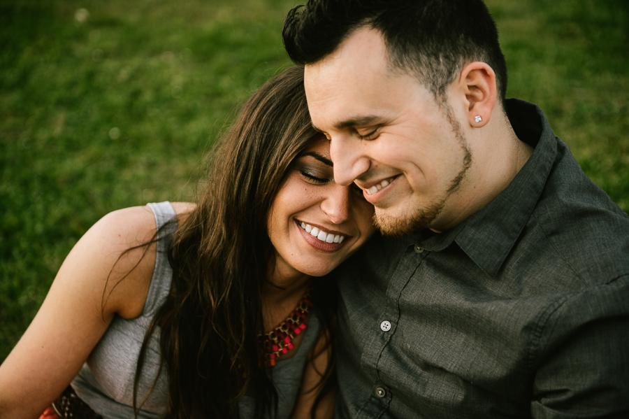 12-alki-beach-wedding-proposal-engagement