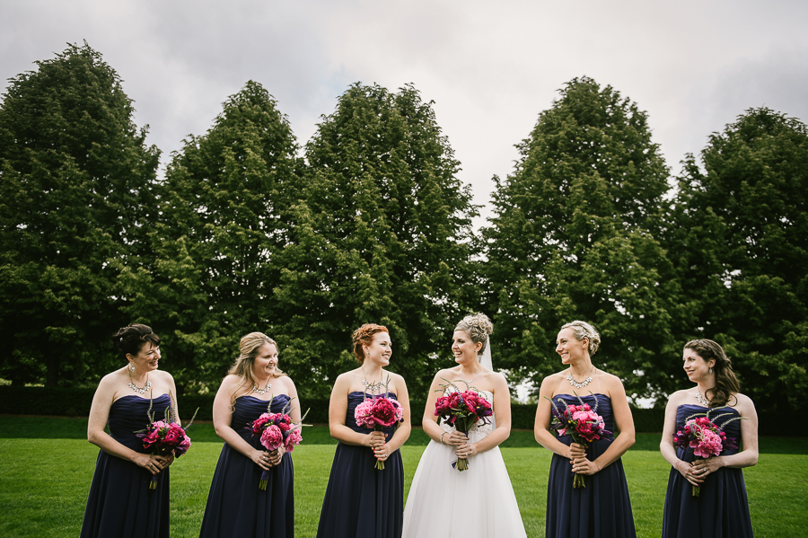 cloudy-oregon-golf-club-summer-wedding-34