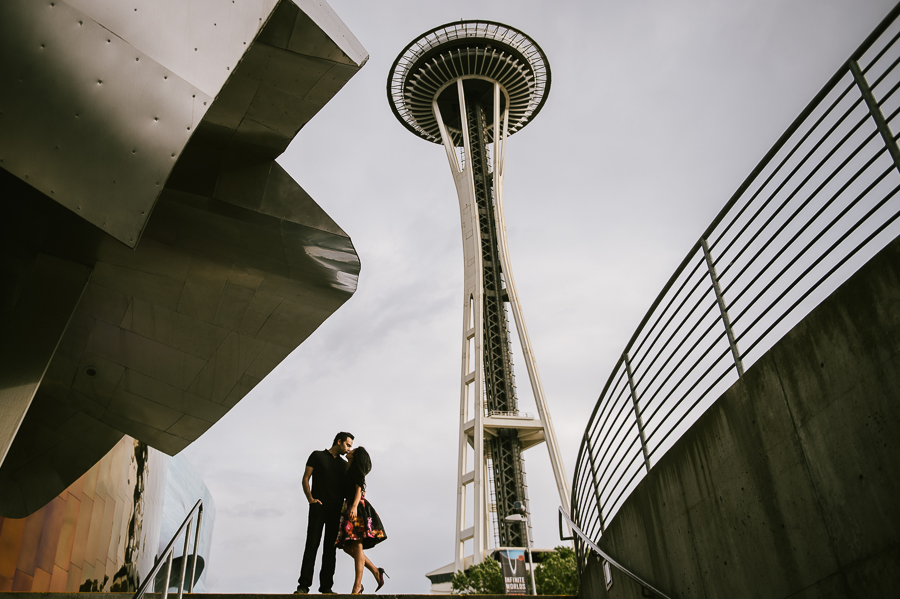 seattle-city-center-space-needle-engagement-session-6