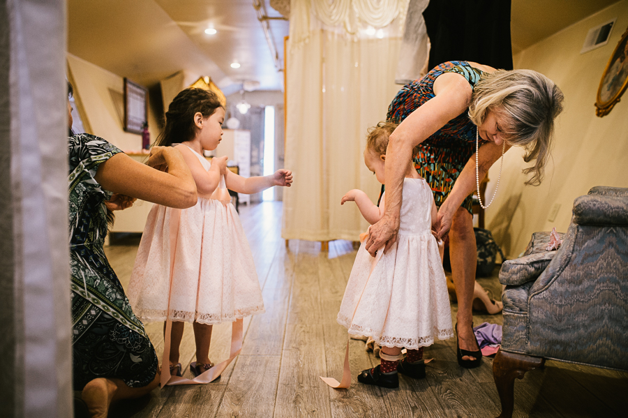 troutdale-house-wedding-photojournalism-13