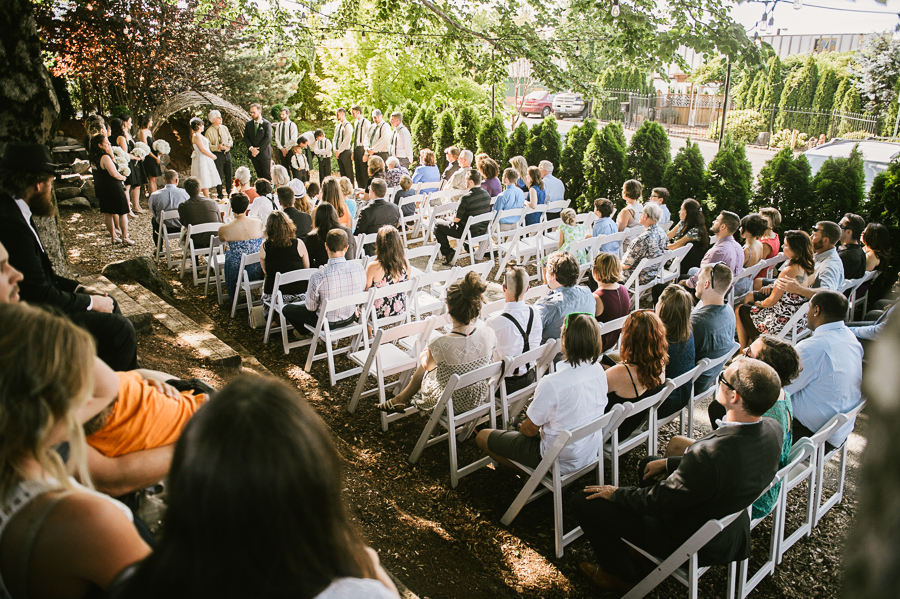 troutdale-house-wedding-photojournalism-29