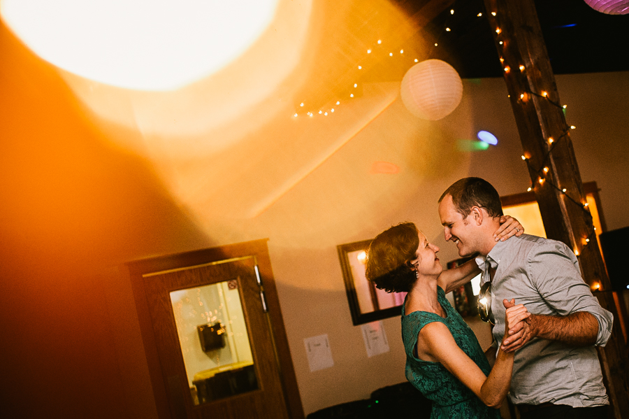 troutdale-house-wedding-photojournalism-72