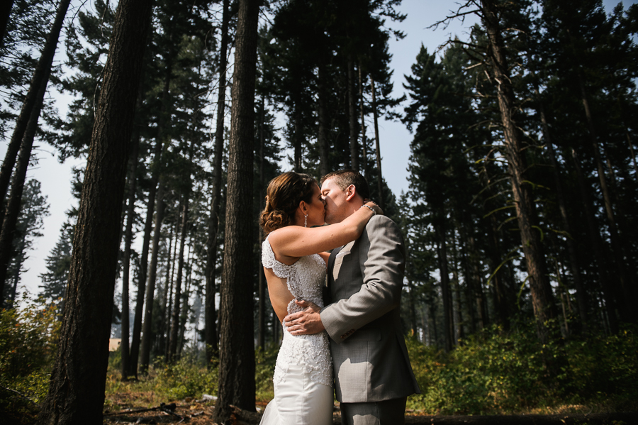 swiftwater-cellars-wedding-ceremony-cle-elum-14