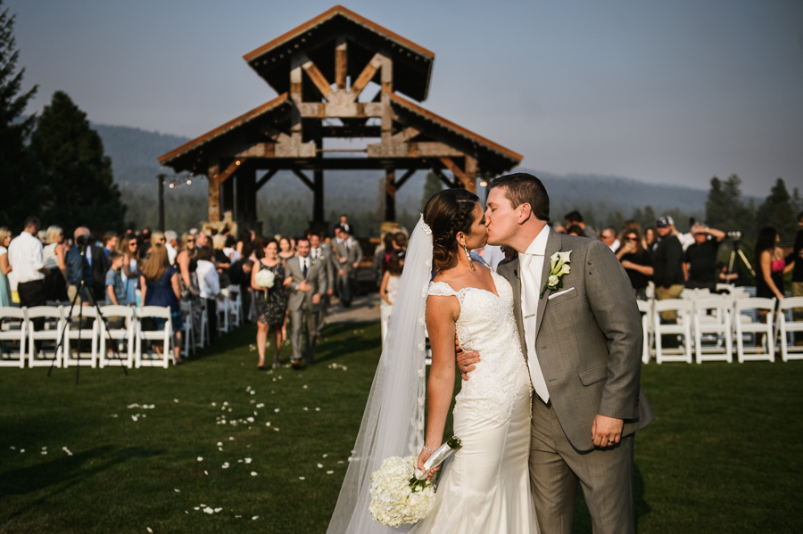 swiftwater-cellars-wedding-ceremony-cle-elum-40