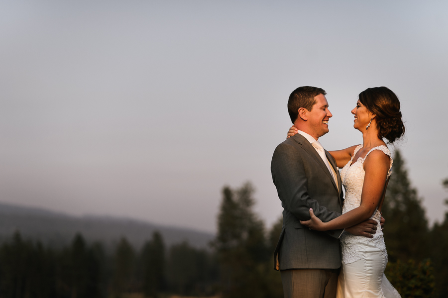 swiftwater-cellars-wedding-sunset-portraits-41