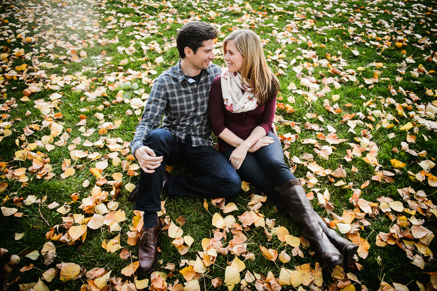 olympic-sculpture-park-fall-engagement-session-12