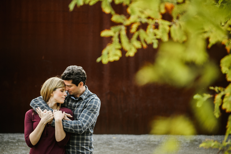 olympic-sculpture-park-fall-engagement-session-8