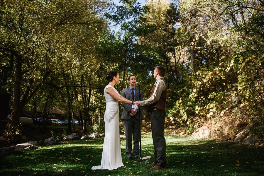 adventure-lodge-destination-wedding-boulder-colordo-48