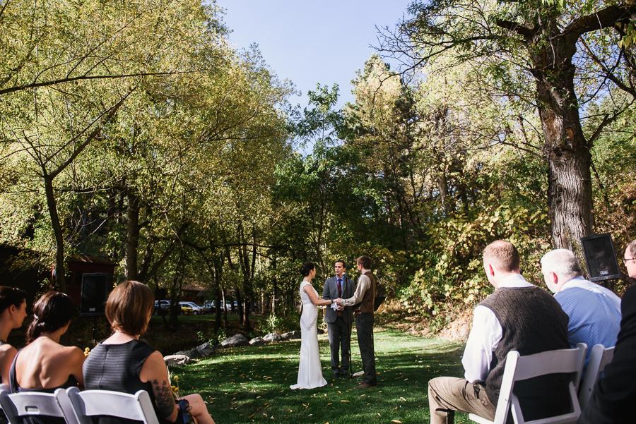 adventure-lodge-destination-wedding-boulder-colordo-57