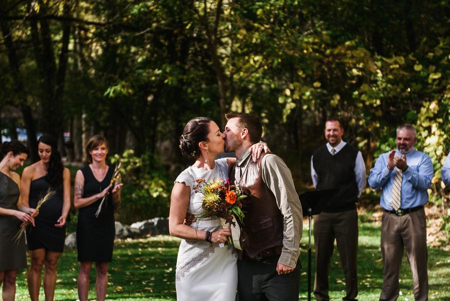 adventure-lodge-destination-wedding-boulder-colordo-62