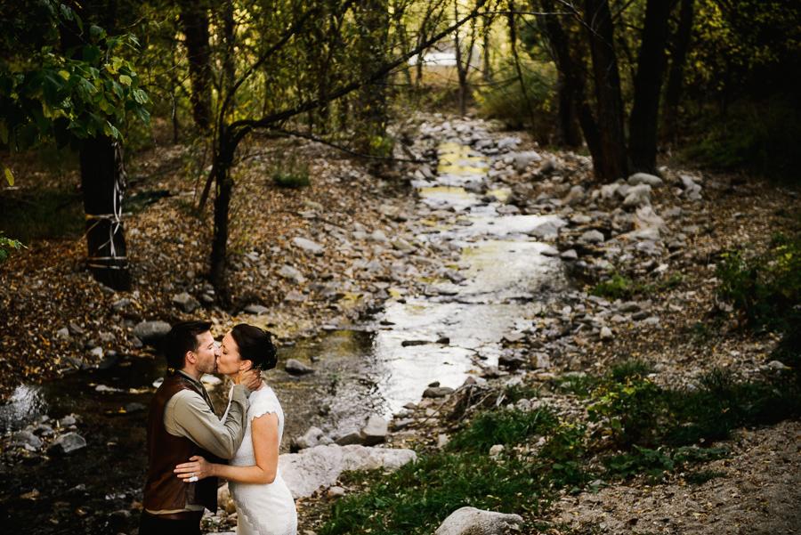 adventure-lodge-destination-wedding-boulder-colordo-69