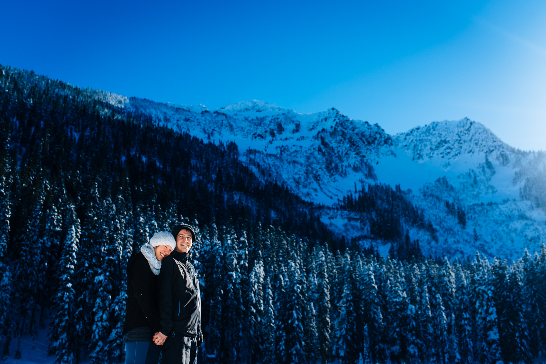 stevens-pass-nordic-center-snowy-engagement-session-1