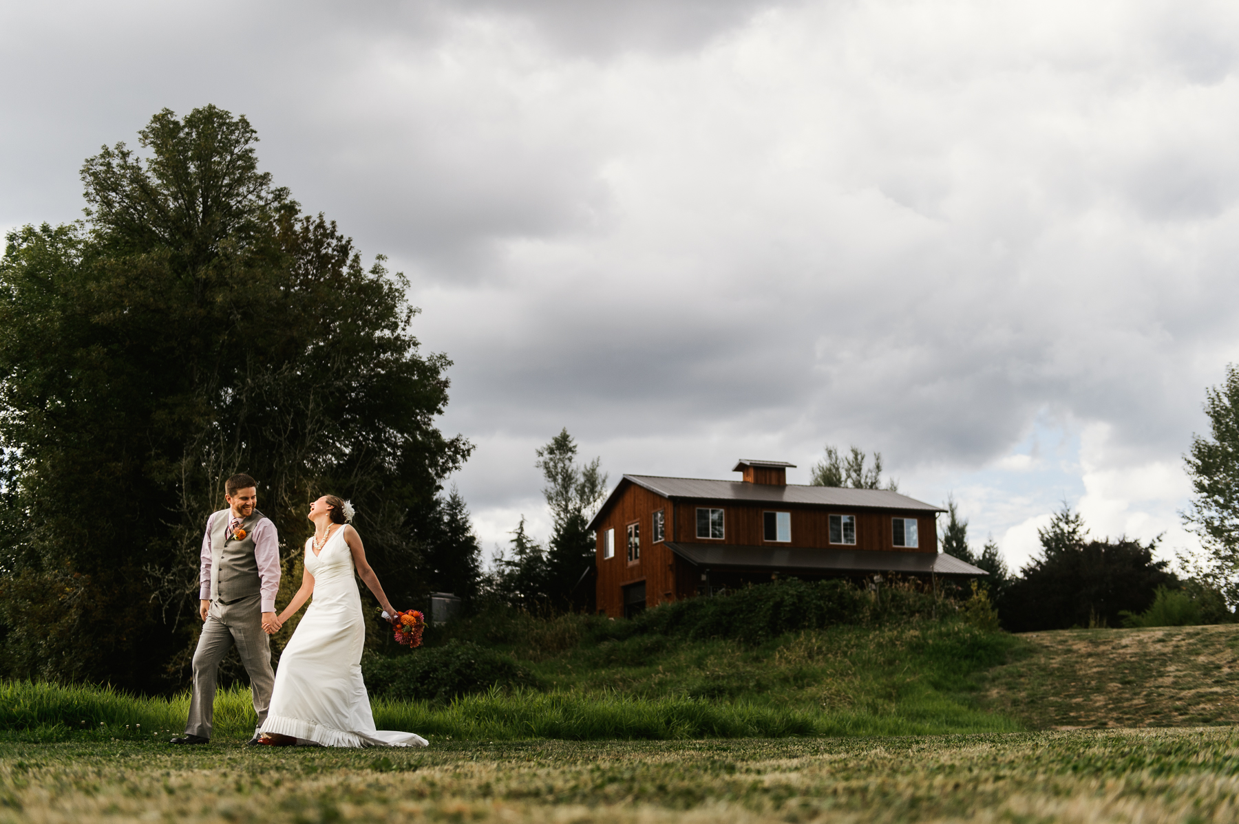 red-barn-studio-wedding-chehalis-washington-32