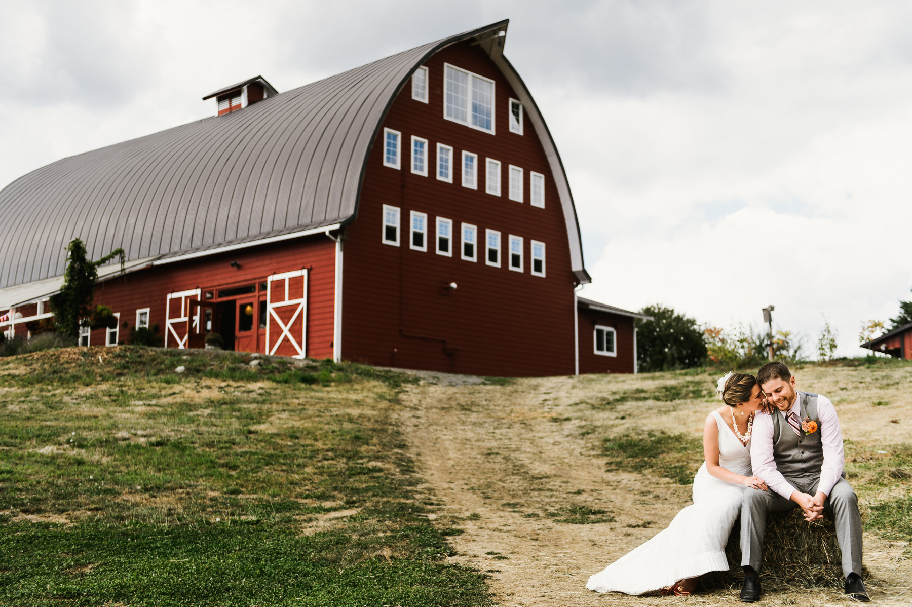 red-barn-studio-wedding-chehalis-washington-33