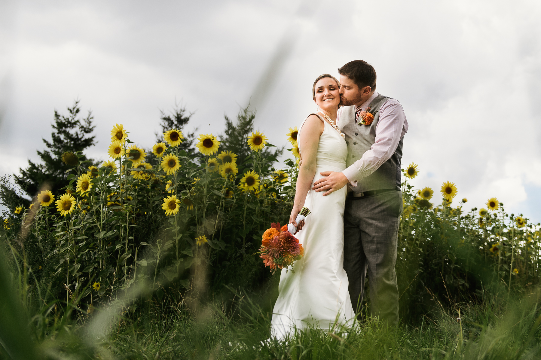 red-barn-studio-wedding-chehalis-washington-34