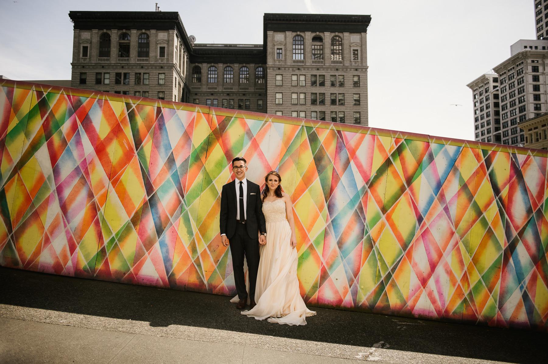 downtown-seattle-urban-couple-portrait
