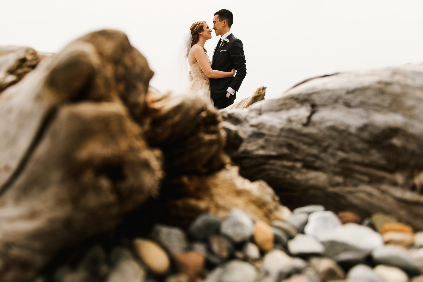 sculpture park drift wood wedding portrait