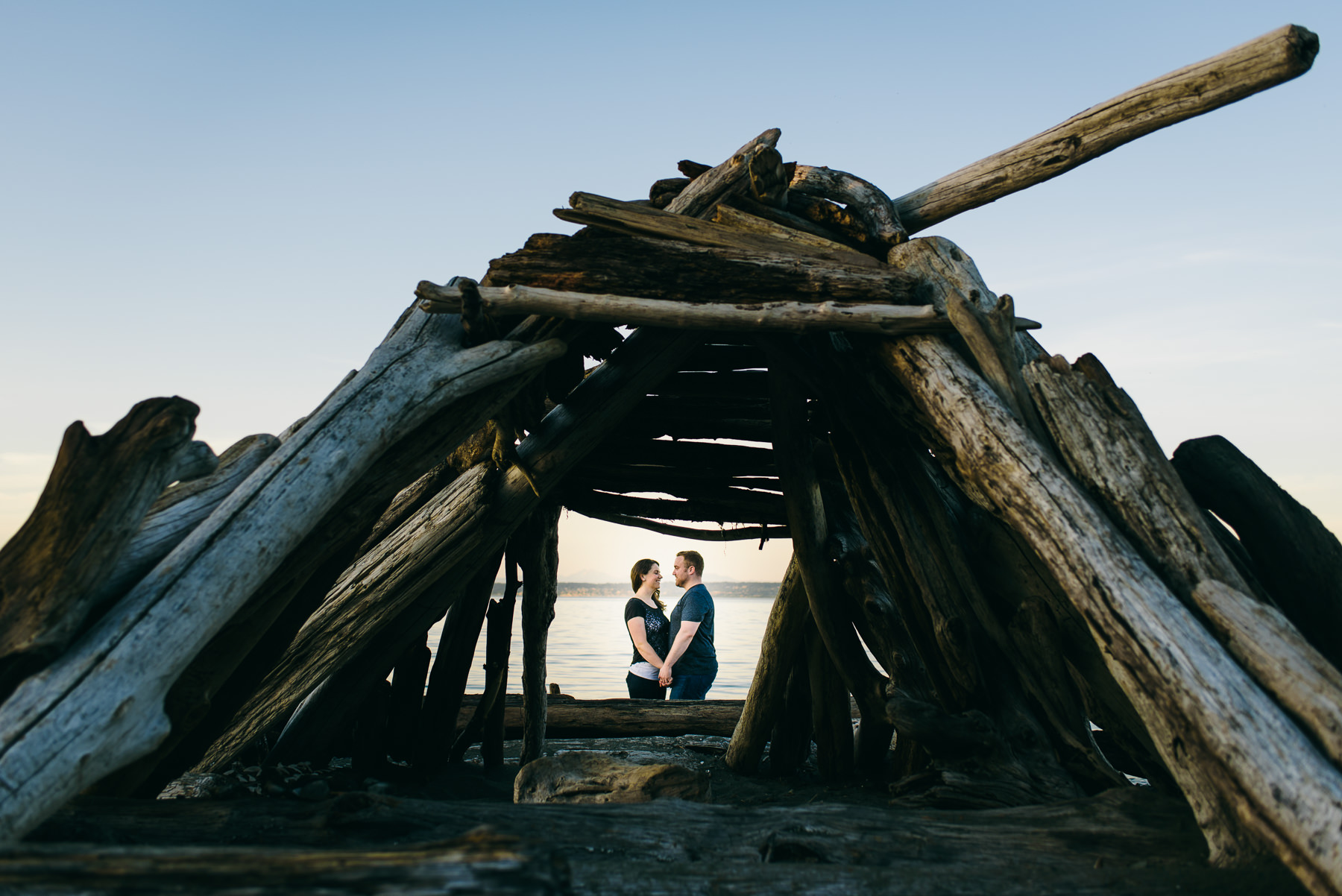 fay brainbridge driftwood fort engagement