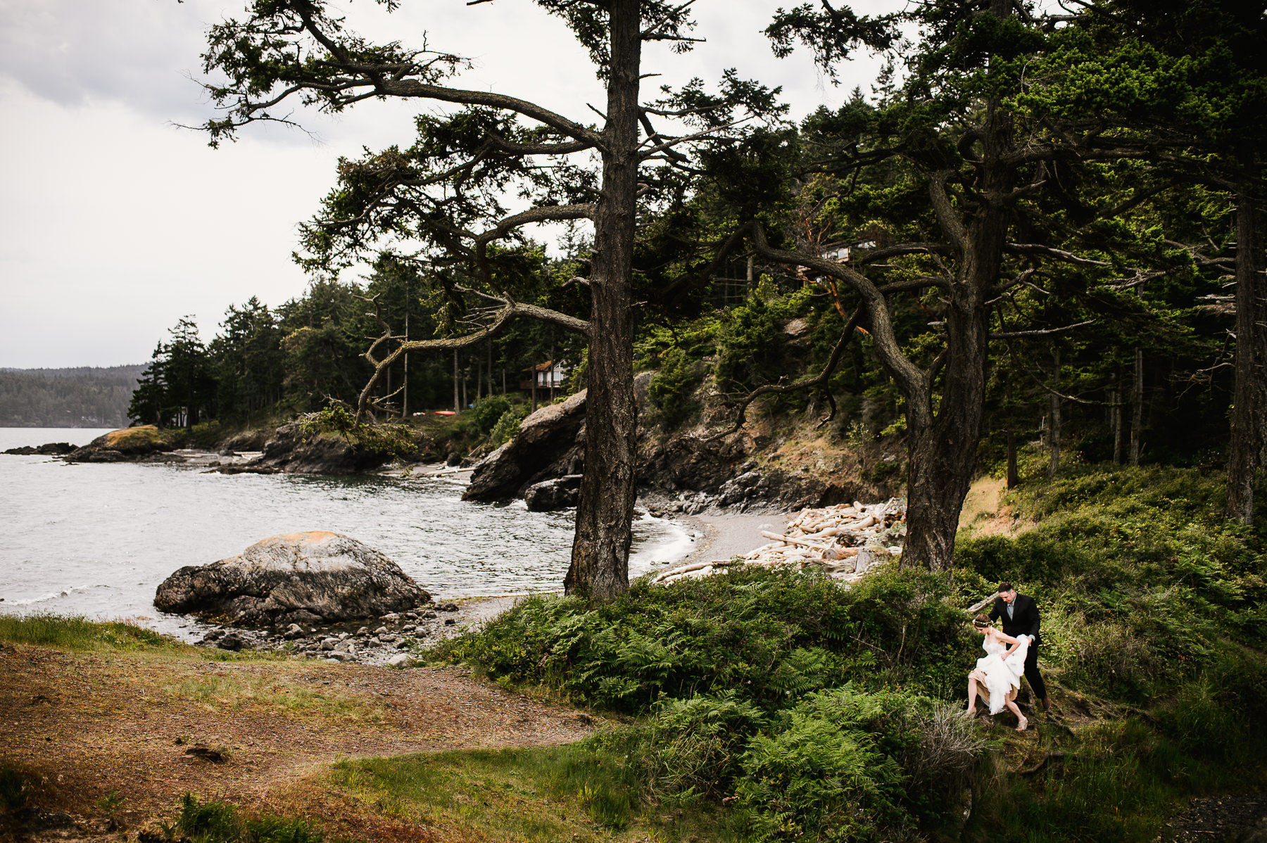 friday harbor scenic wedding moment
