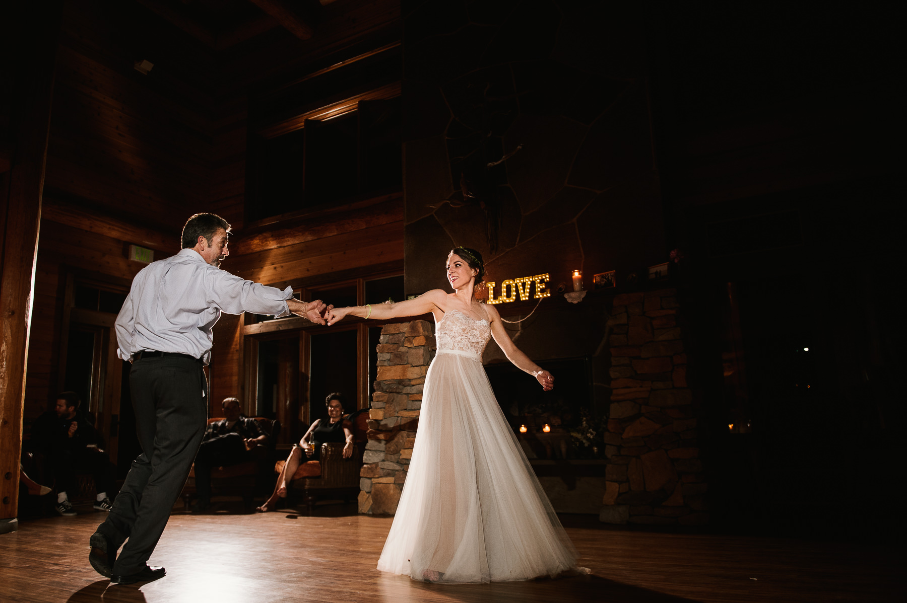 lake dale resort bride dancing