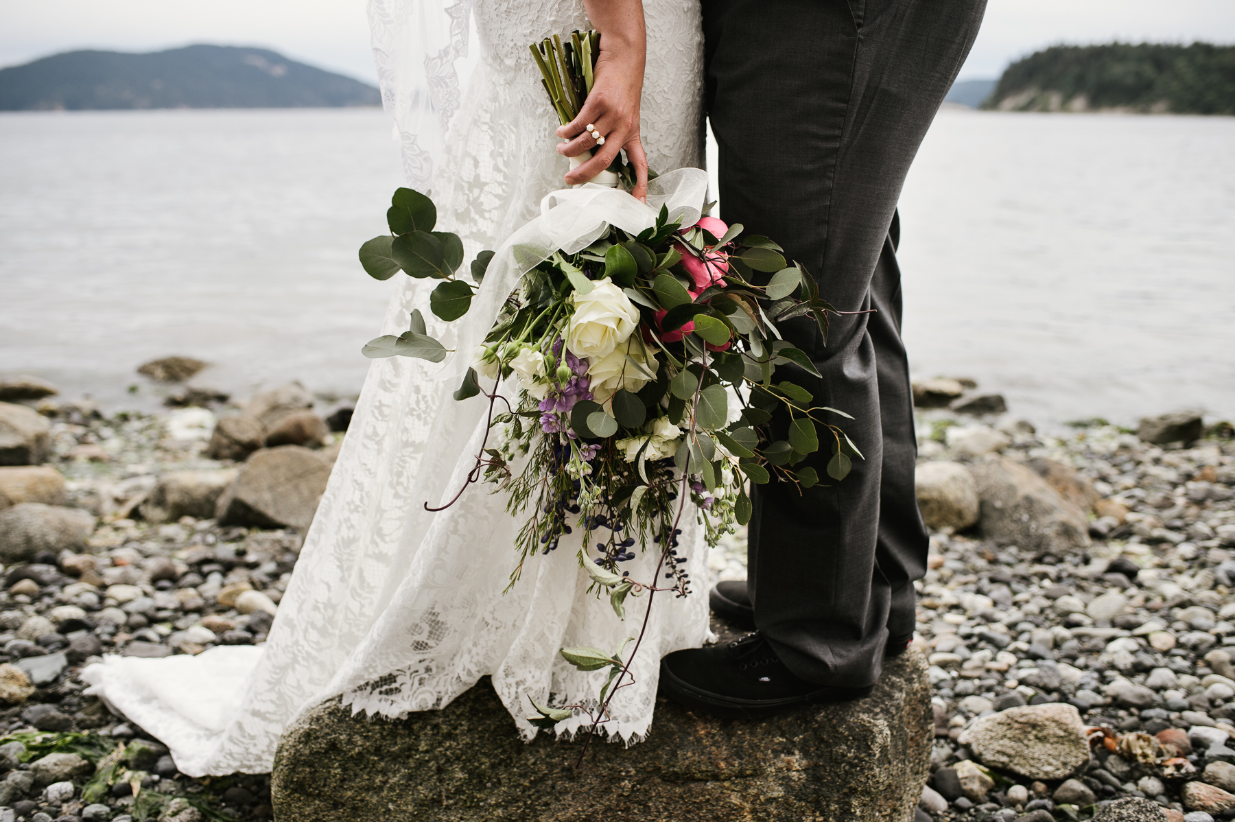 san juan island wedding flowers