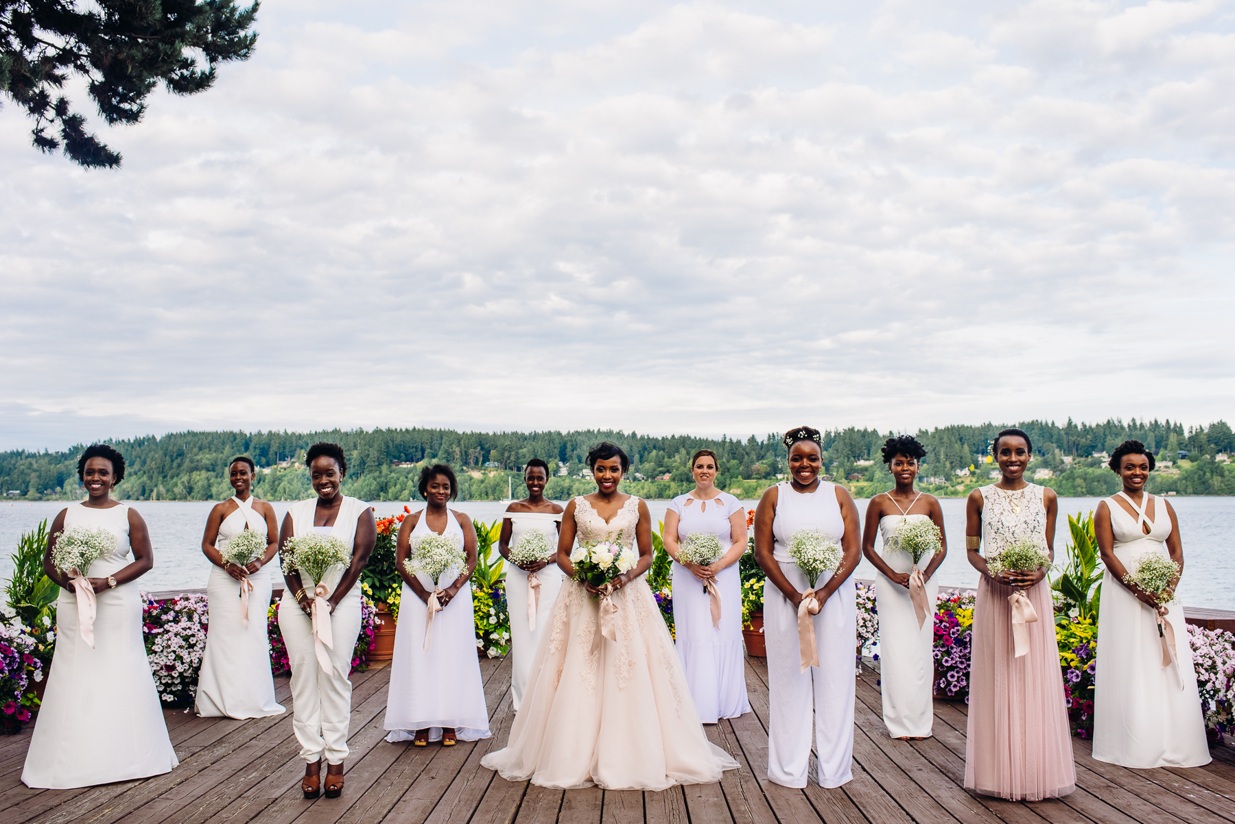 bridal party kiana lodge wedding photos