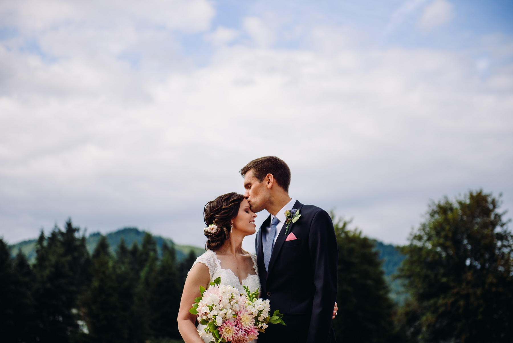 trinity-tree-farm-wedding-photos-39