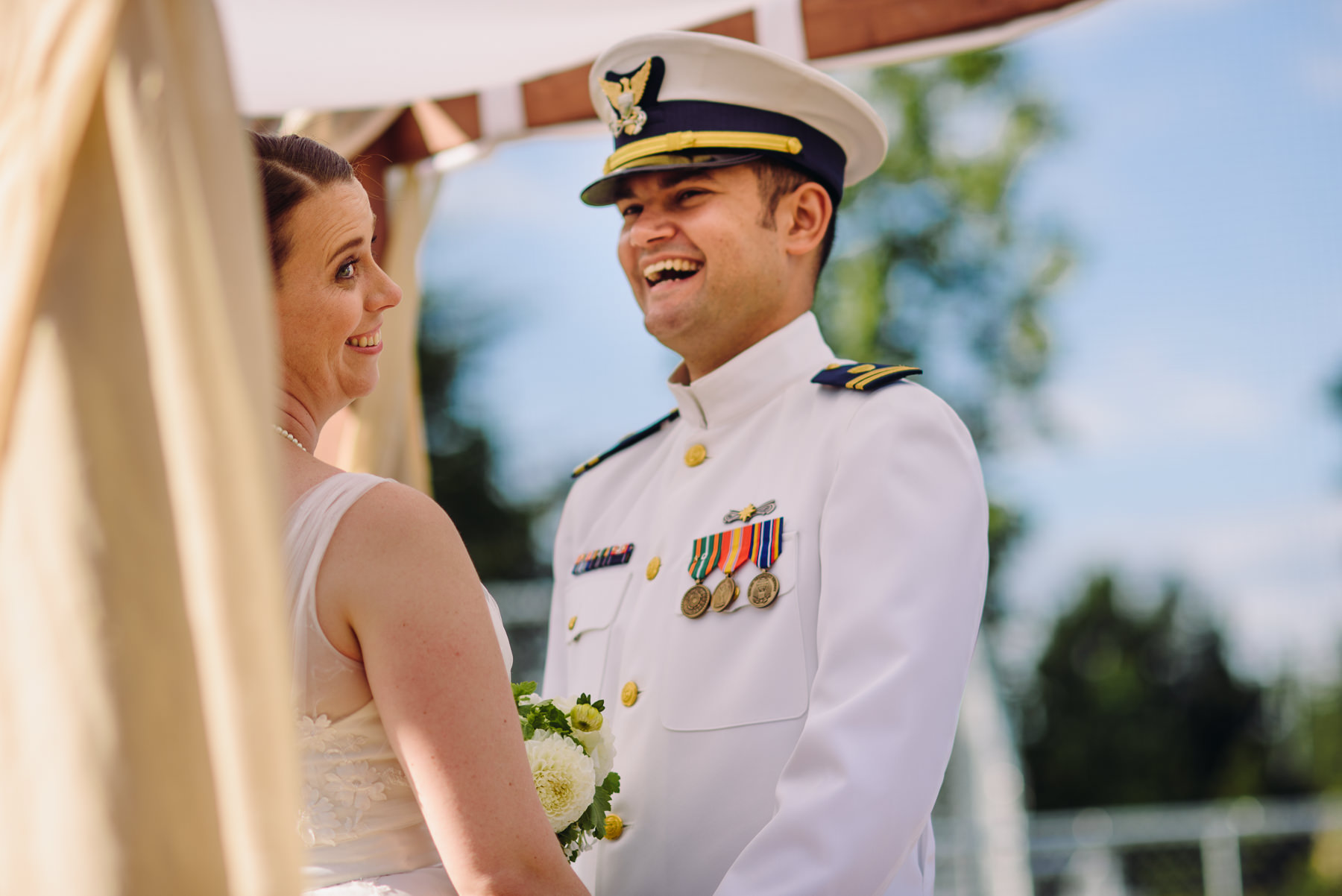 university-of-puget-sound-baseball-feild-wedding-photos-31