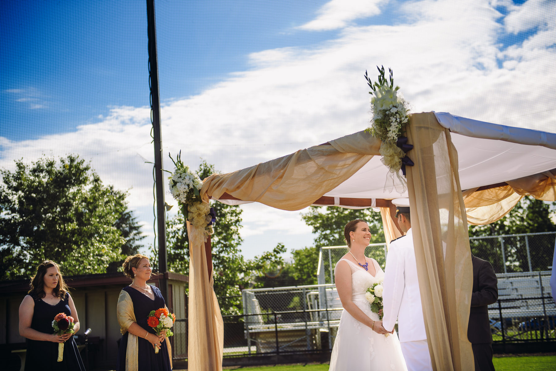 university-of-puget-sound-baseball-feild-wedding-photos-34
