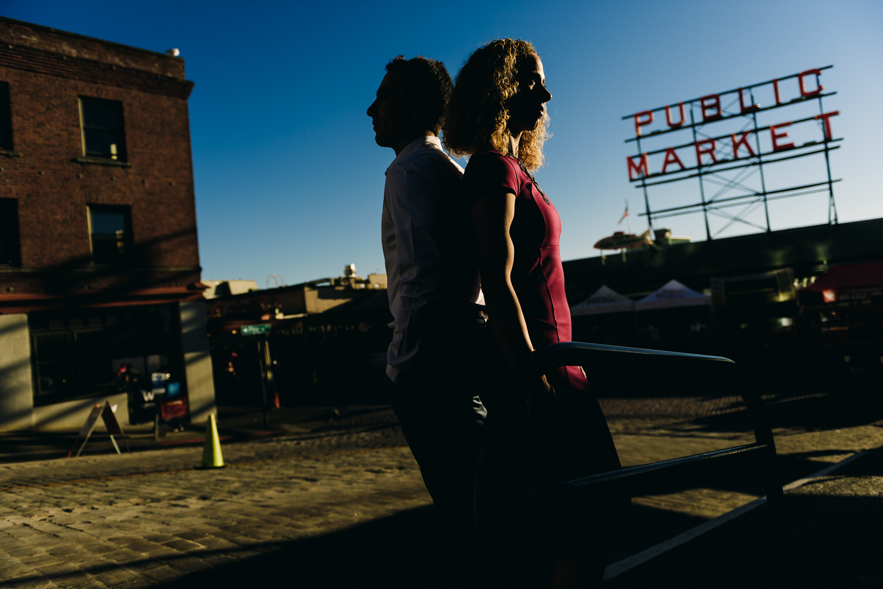 creative pike place market engagement session
