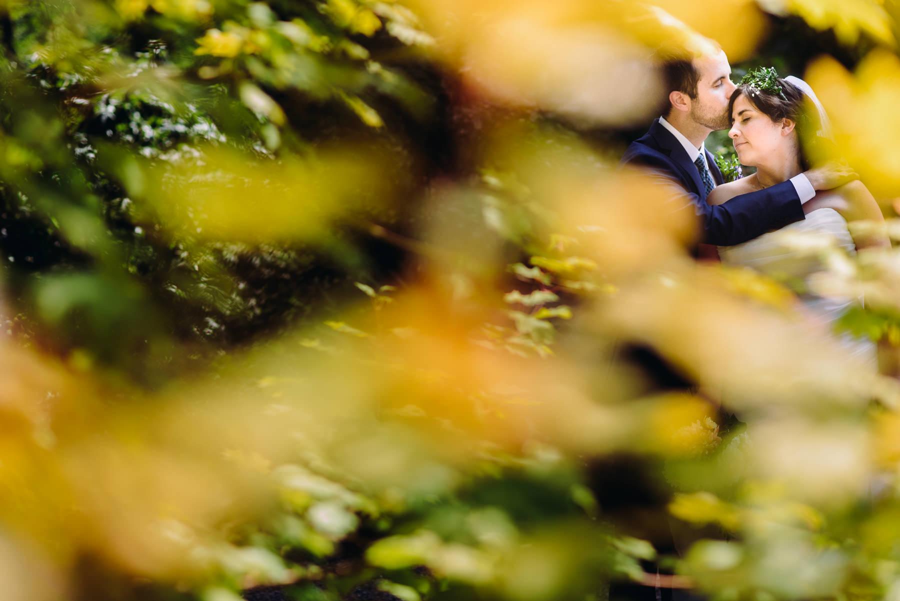 lake wilderness lodge wedding portraits