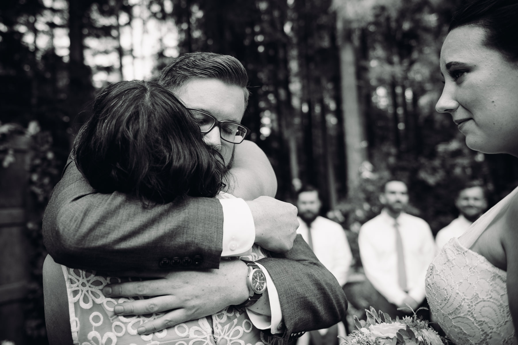 kitsap forest wedding moment