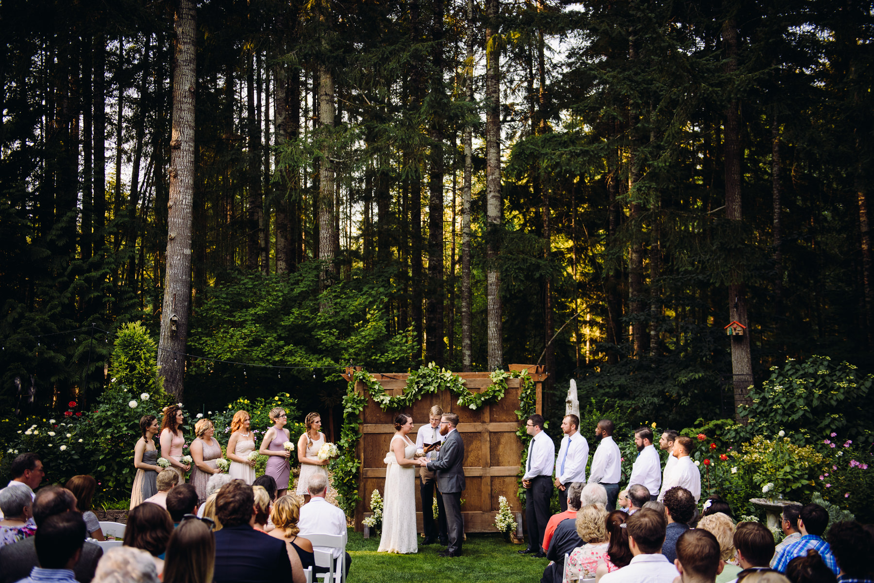 kitsap backyard wedding ceremony