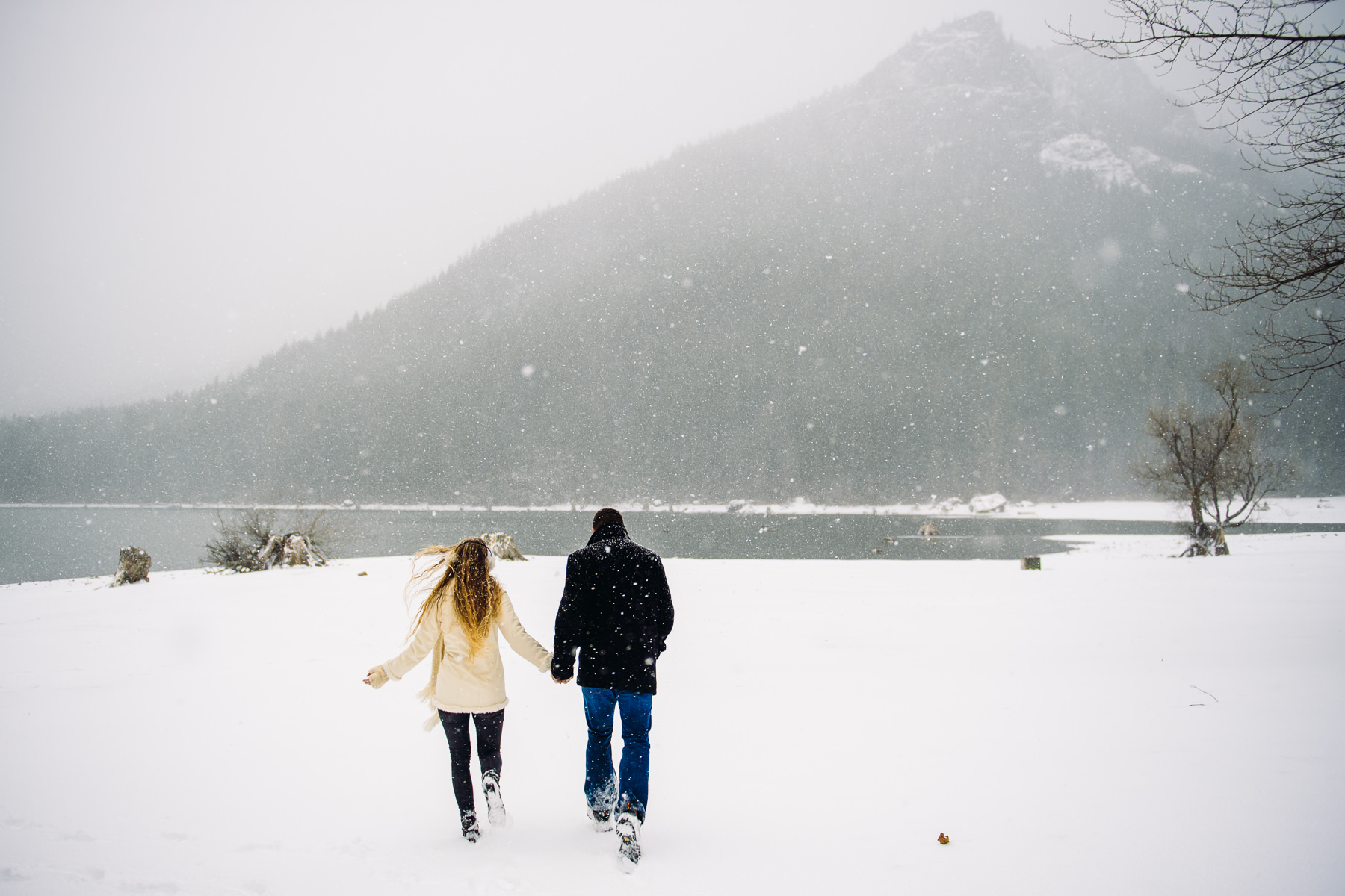 north bend snowy engagement session