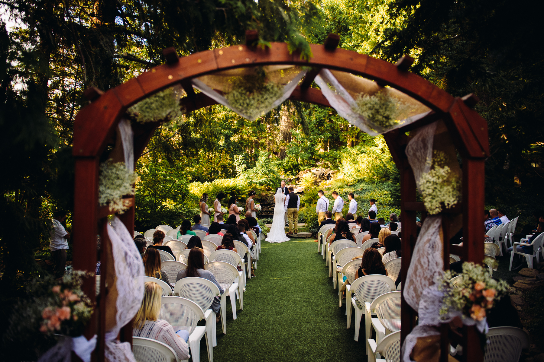 ohme gardens wenatchee wedding ceremony