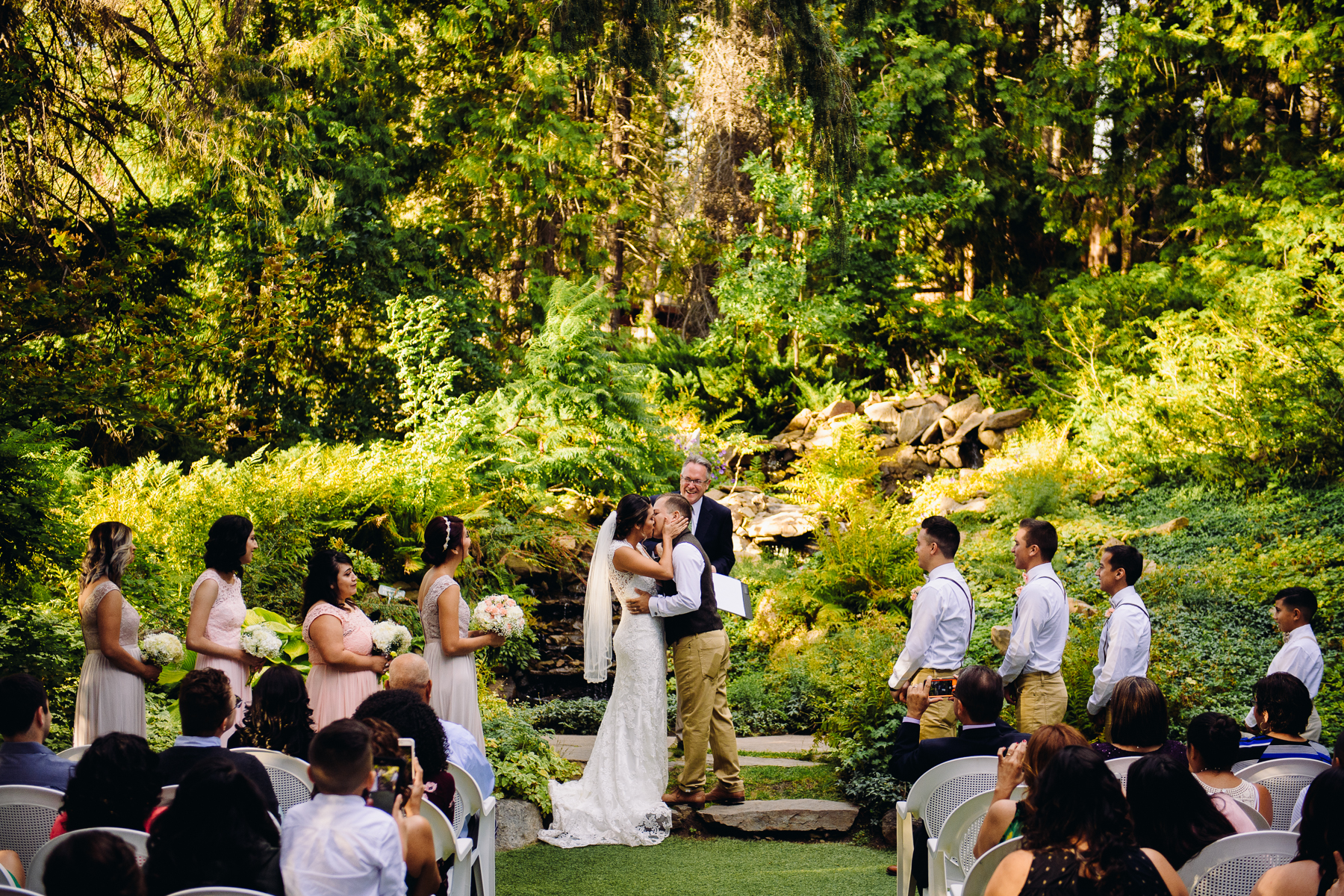 ohme gardens first kiss wedding
