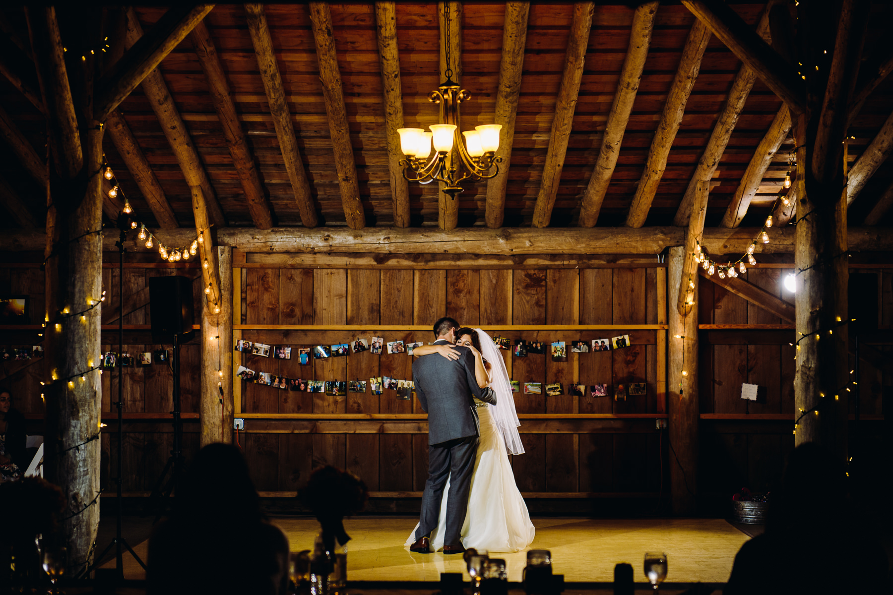 Pomeroy Farms wedding first dance