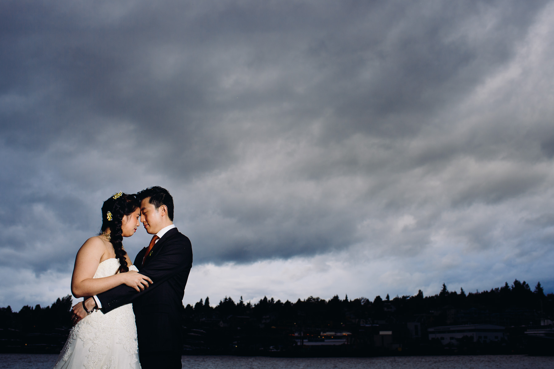 stormy seattle wedding portraits