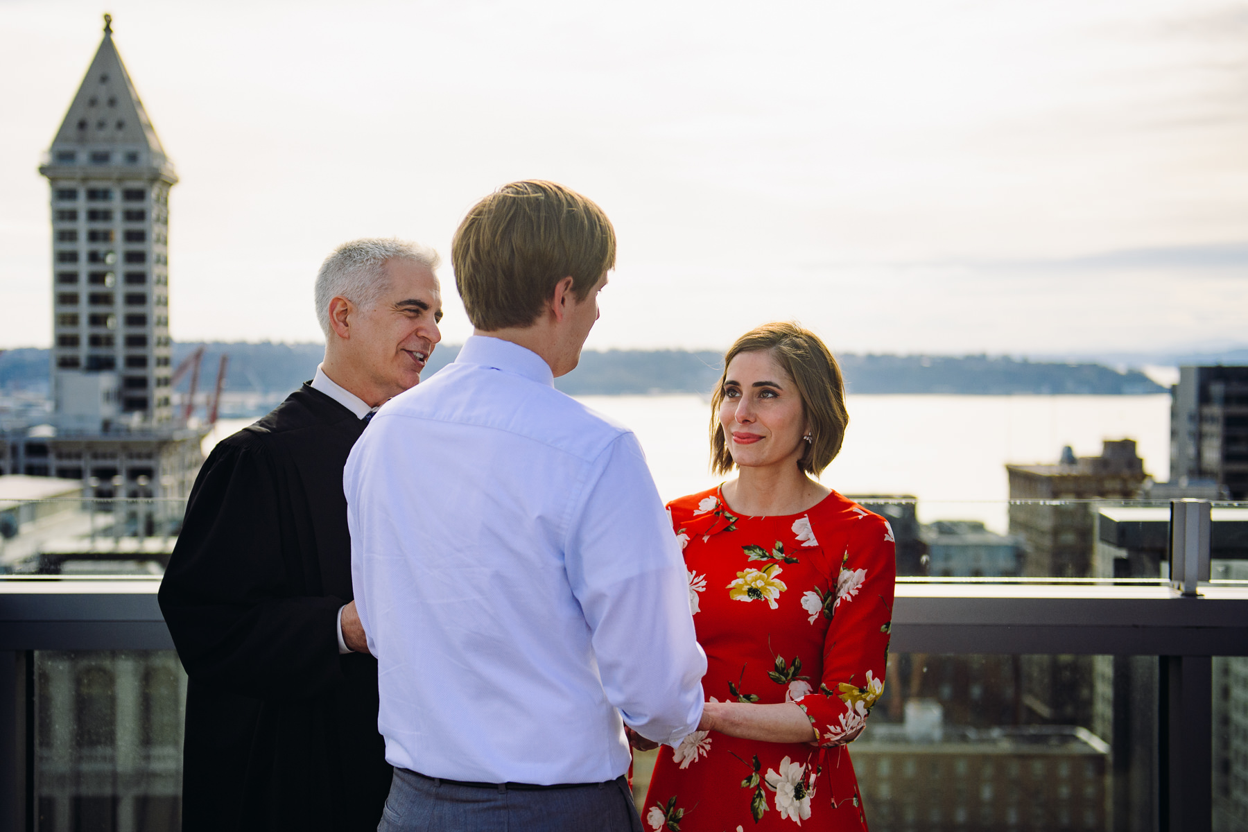 seattle-roof-top-wedding-photo