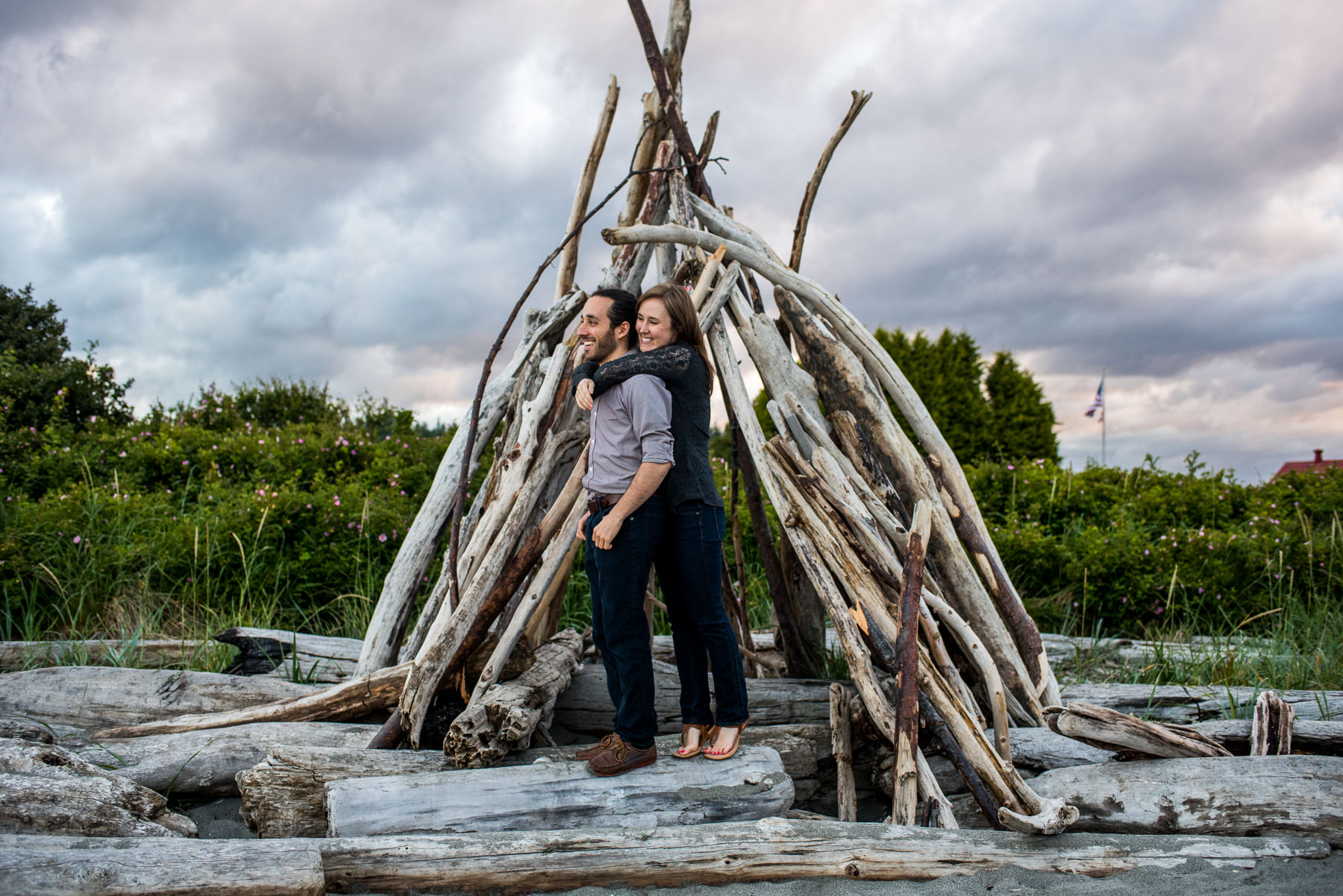 driftwood fort engagement session