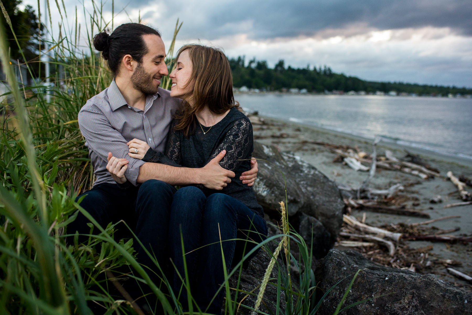 kitsap beach engagement session