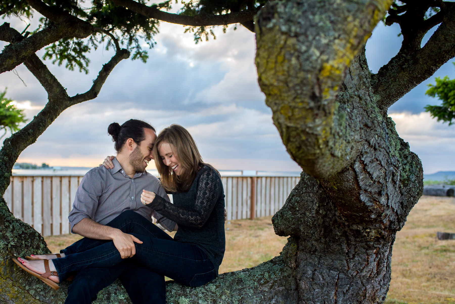 tree house engagement session